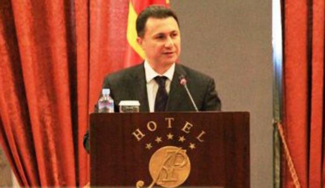 Makedonya seçimde ısrarlı