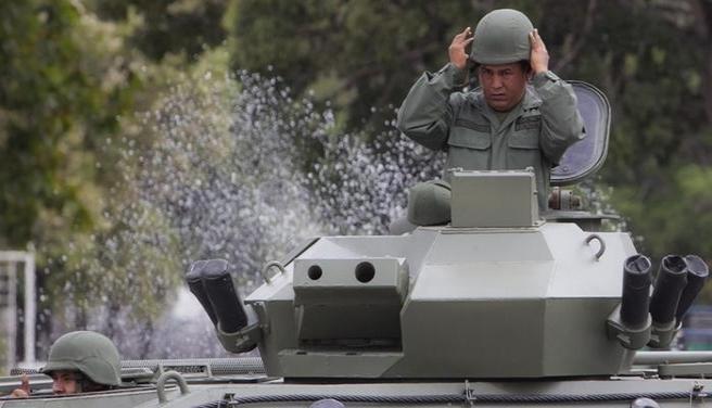 Venezuela'da ordunun yetkileri genişletildi