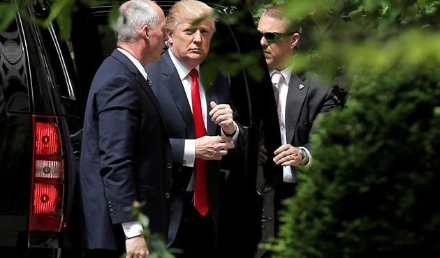Trump, Kissinger ile bir araya geldi