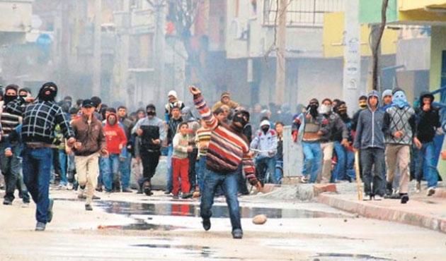 Yargıtay Öcalan'ı öven sloganlara 'terör suçu' dedi