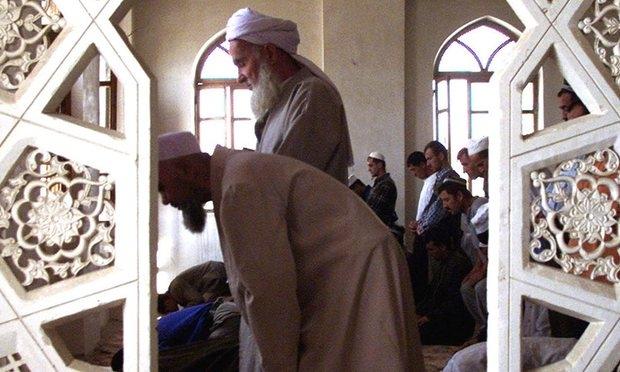 Tacikistan'da 5 imam daha gözaltına alındı