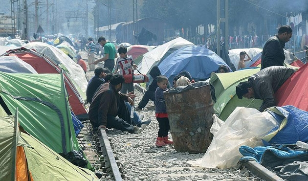 BM'den Yunanistan'a sığınmacı kampı eleştirisi