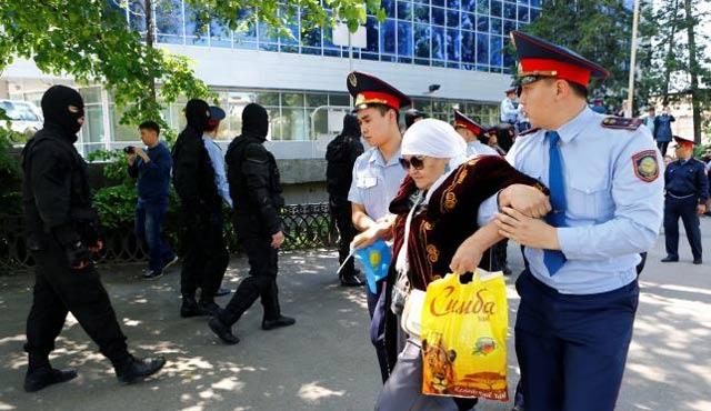 AGİT'ten Kazakistan hükümetine kınama