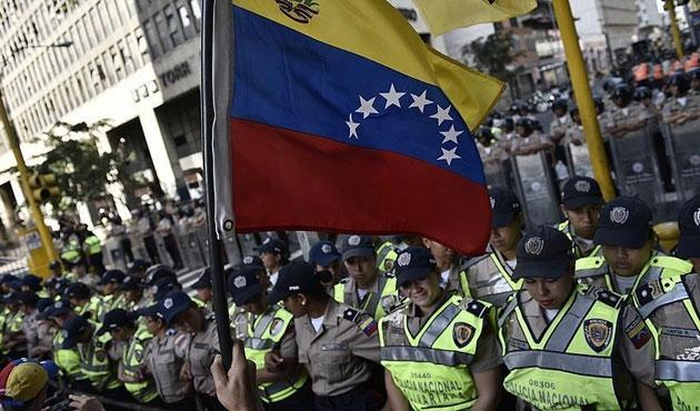 Venezuela'da ekonomik kriz protestoları büyüyor