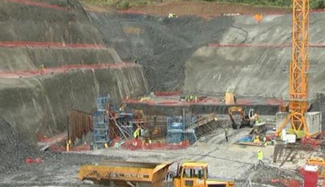 Arnavutluk'ta hidroelektrik santraline saldırı