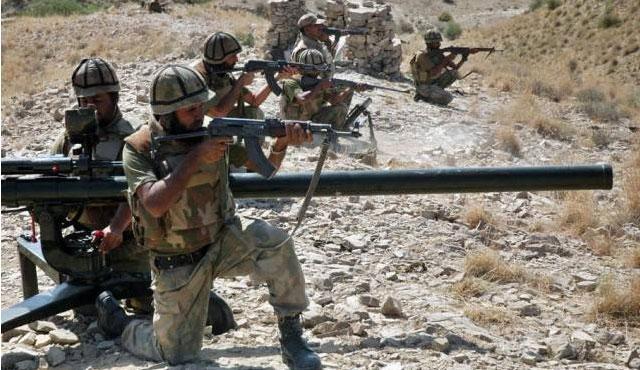 Taliban lideri öldürüldü, Pakistan'a yardım gitti!