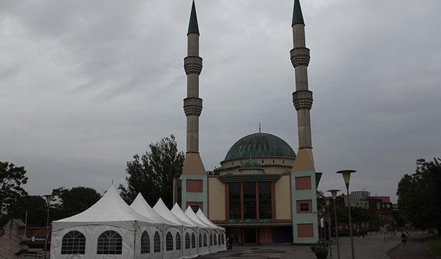 Hollanda'da camilere yurtdışından yardım yasağı talebi