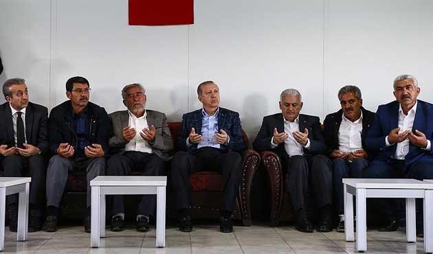 Erdoğan ve Yıldırım'dan Dürümlü'ye taziye ziyareti