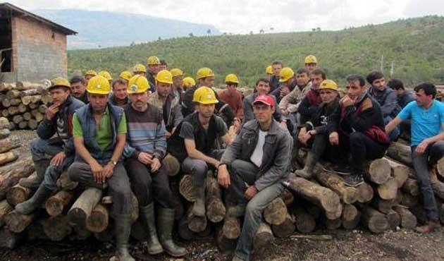 Ermenekte maaş alamayan madenciler iş bıraktı