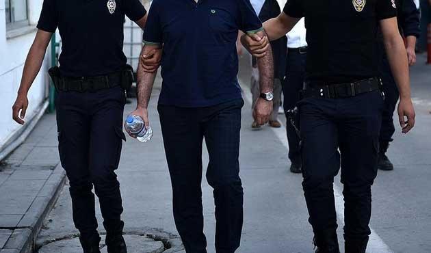 ABD destekli 'Paralellere' 30 gözaltı
