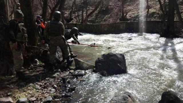 PKK'lılar kaçarken çayda boğuldu
