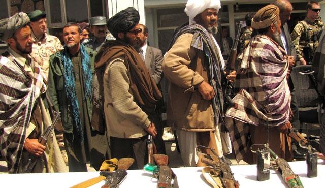Taliban 200 kişiyi kaçırdı