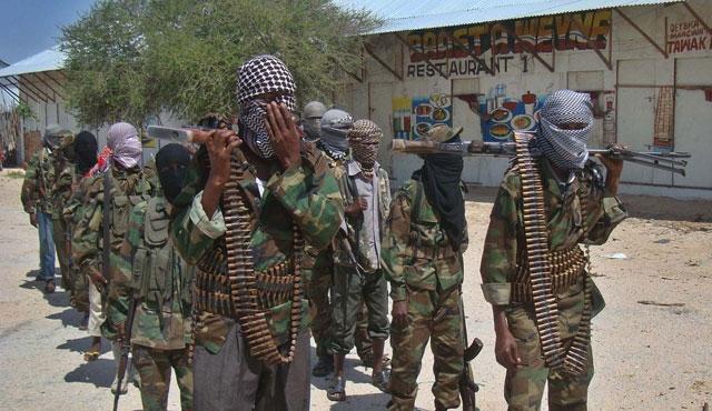 Somali'de askeri karargaha saldırı