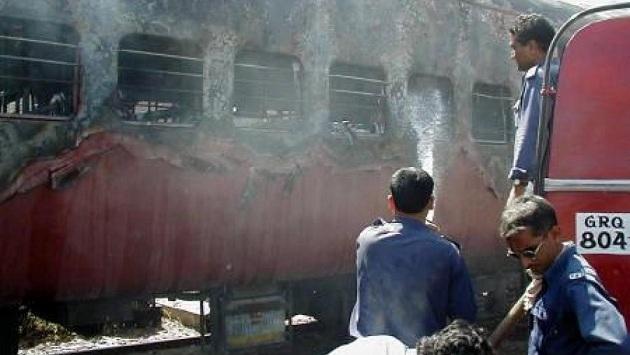Gucarat'taki Müslüman katliamında 24 kişiye mahkumiyet