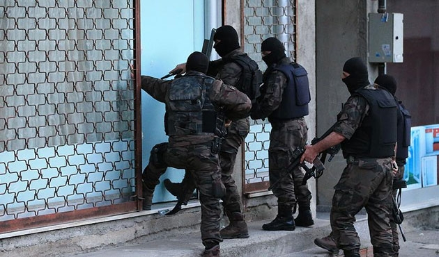 Adana'da IŞİD operasyonu: 35 gözaltı