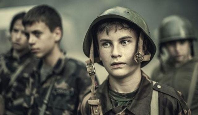 Sovyetlere dönüş: Çocuklara askeri eğitim