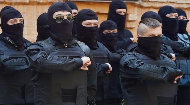 Polonya'dan Rusya'ya karşı paramiliter ordu
