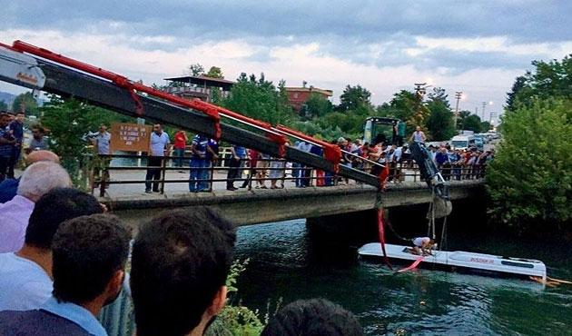 Osmaniye'de midibüs kanala devrildi; 14 ölü