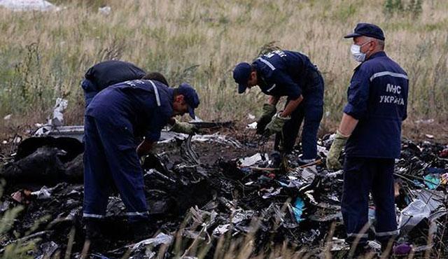 Ukrayna'da düşen yolcu uçağında Rus füze parçası bulundu