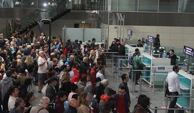 Havayolunda yolcu sayısı yüzde 4 arttı