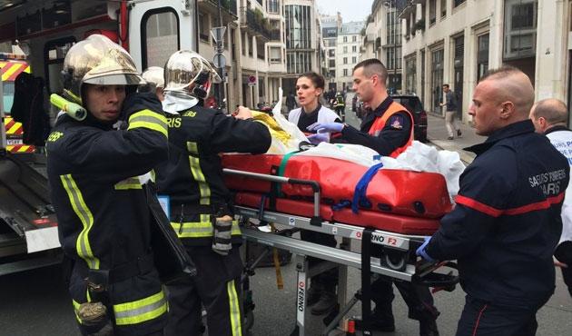 Paris banliyösünde yangın; 5 ölü