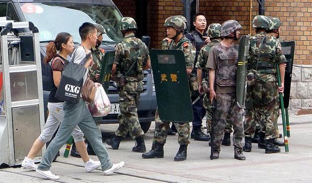 Seyahat eden Uygurlara DNA şartı