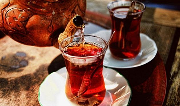 Dünyada en fazla çayı Türkiye içiyor
