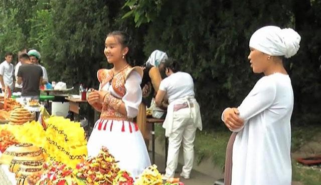 Kırgızistan'da Etnokültür Festivali