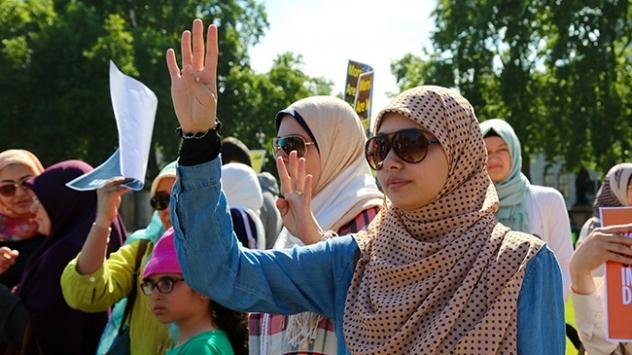 Amerikalı Müslümanlar Clinton'ı destekliyor