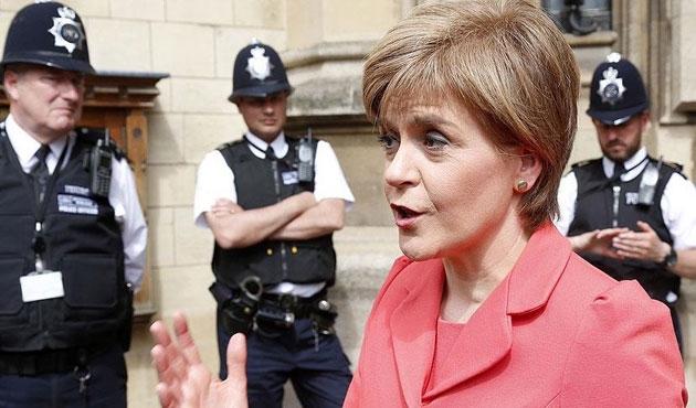 İskoçya da yeniden referanduma gidiyor