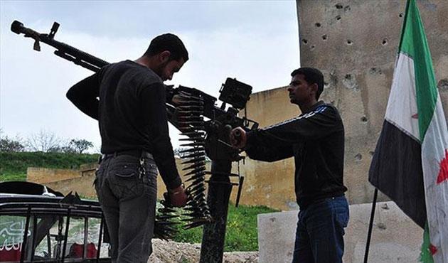 Suriye'de muhalifler 3 köyü daha ele geçirdi