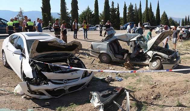 Bayramda trafik kazalarının bilançosu ağır