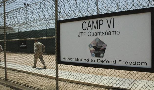 Guantanamo'daki bir mahkum İtalya'ya gönderildi
