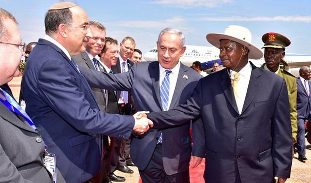 Netanyahu'ya Entebbe Töreni'nde 'Filistin' şoku