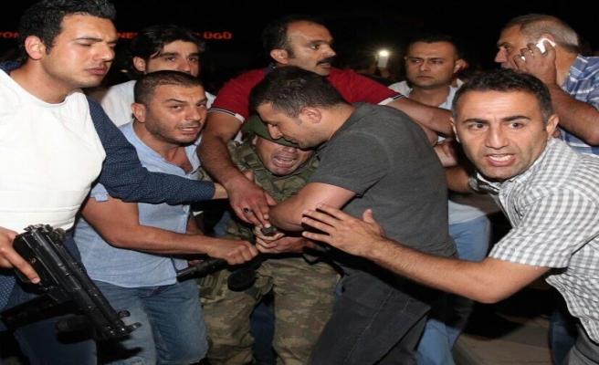 Sakarya'da 69 darbe girişimcisi gözaltında
