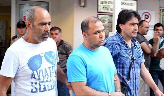 Manisa'da 3 rütbeli asker gözaltında