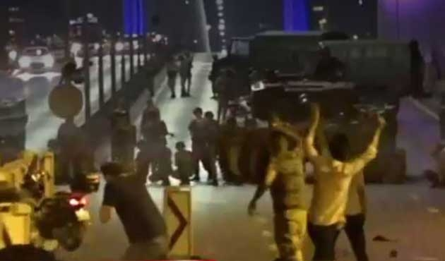 Ankara'da bin 200 asker serbest bırakıldı