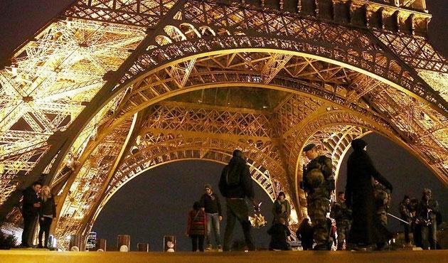 Fransa da AİHS'yi askıya aldı