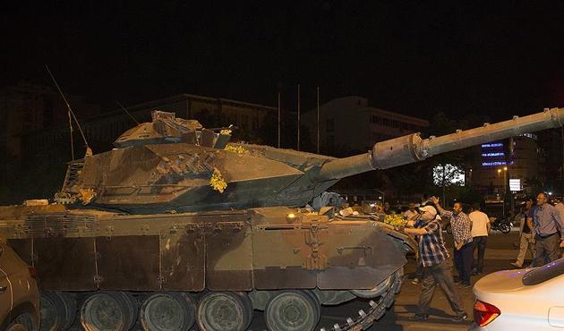 Nahda hareketinden Türkiye'deki darbe girişimine kınama