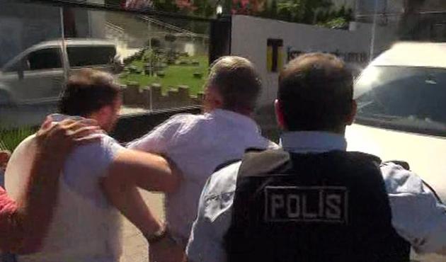 Rektörün koruma polisinden polislere ateş