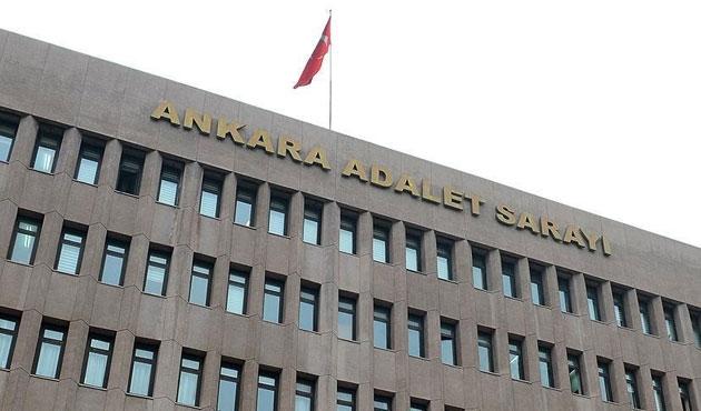 Ankara Adliyesi arama için kapatıldı, Gülen'in avukatları firari