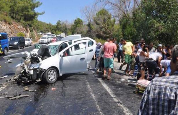Artvin'de polis memuru trafik kazasında öldü