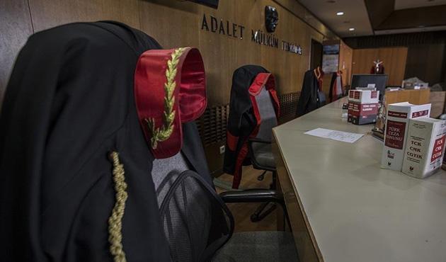 Yalova'da 25 hakim ve savcıya tutuklama