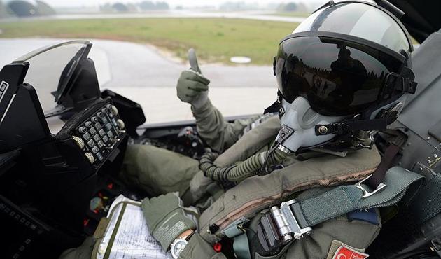 Pilot alımında 32 yaş sınırı
