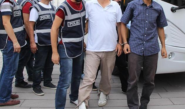 Ankara'da avukatlara FETÖ gözaltısı