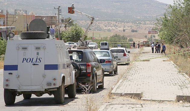 Diyarbakır'da PKK saldırısı: 3 polis yaralı
