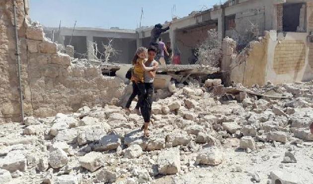 Suriye'nin Atarib kentine füzeli saldırı; 20 ölü