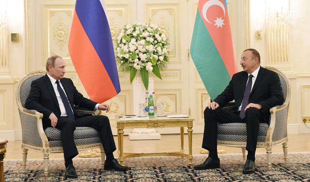 Rus lider Putin Azerbaycan'da