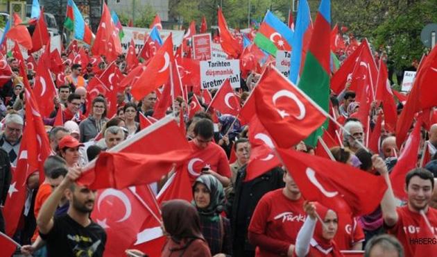 SPD çifte vatandaşlığın kaldırılmasına karşı
