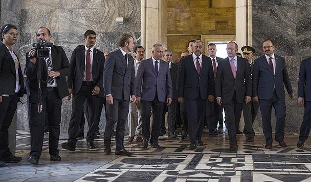 KKTC Cumhurbaşkanı Akıncı'dan Meclis'e ziyaret